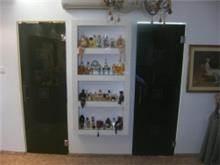 דלתות זכוכית שחורה