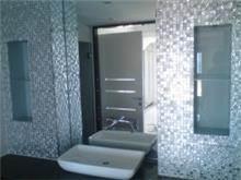 מראה לחדר האמבט
