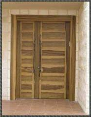 דלת כניסה כנף וחצי בסגנון אפריקאי