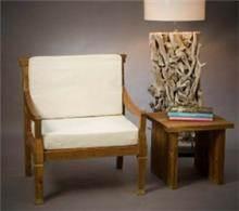 כורסא מעץ טיק