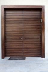 דלת מעץ אגוז אמריקאי