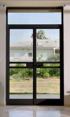 דלת מעוצבת בסגנון בלגי