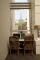חלון פתיחה קליל צר וארוך