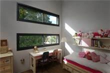 חלון הזזה קליל לחדר ילדים