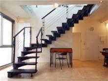 מדרגות מרחפות - קו נבון