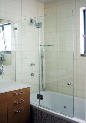 אמבטיון קבוע עם דלת