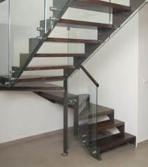 מדרגות בעיצוב הייטק - קו נבון