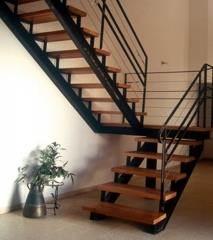 גרם מדרגות של חברת קו נבון