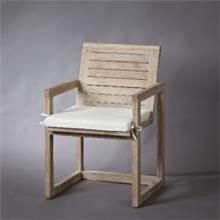 כסא לבן מעץ טיק