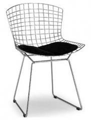 כסא בעיצוב רשת