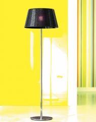 מנורה שחורה מעוטרת