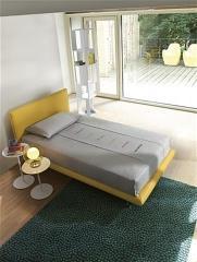 מיטת יחיד צהובה