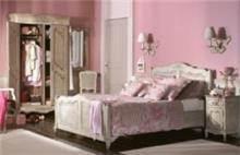 מיטה בעיצוב כפרי