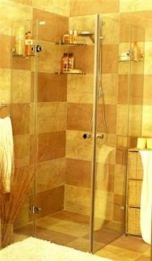 מקלחון מרובע פינתי