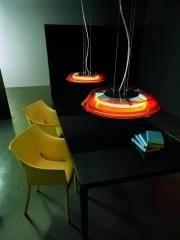 מנורת שולחן בעיצוב מודרני