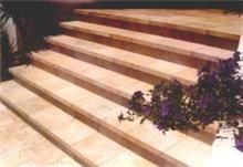 מדרגות כניסה - אומנות הפורצלן