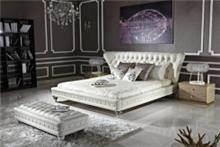 מיטת עור לבנה עם הדום - היבואנים