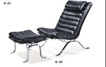 כיסא עם הדום B88 - היבואנים