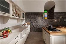 מטבח כפרי אלגנטי - קמילה מטבחים