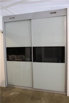 ארון עם 2 דלתות הזזה - בית אומנות העץ
