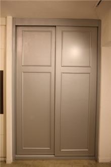 ארון הזזה 2 דלתות - בית אומנות העץ