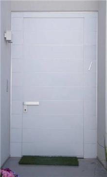 דלת כניסה לבנה - דקור - DECOR