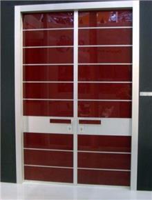 דלת כניסה מרשימה