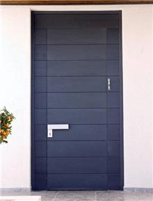 דלת כניסה כחולה - דקור - DECOR