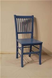 כיסאות מעץ