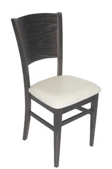 כסא מעץ בוק