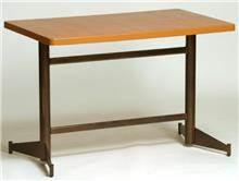 רגל לשולחן כתיבה