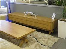 סט מזנון ושולחן