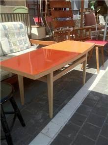 שולחן משופץ