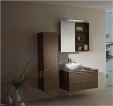 ריהוט עץ טבעי לאמבטיה