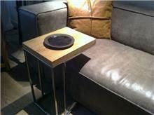 שולחן צד יחודי