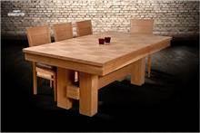 שולחן אוכל עשוי עץ מלא