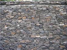 חיפוי קיר באבנים