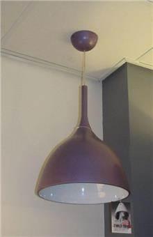 מנורת תליה סגולה
