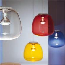 מנורה כחולה מזכוכית