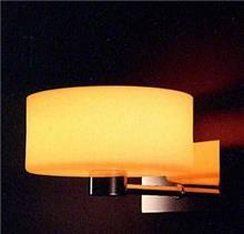 מנורת קיר אובלית