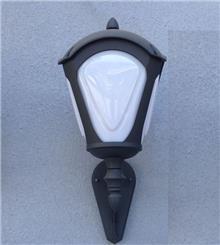 מנורת קיר מיוחדת