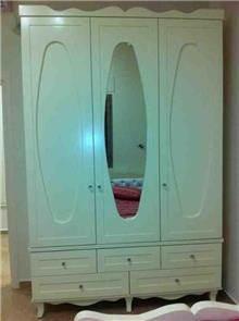 ארון בעל 3 דלתות