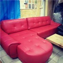 ספה אדומה לסלון