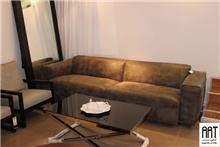 ספה חומה לחדר המגורים