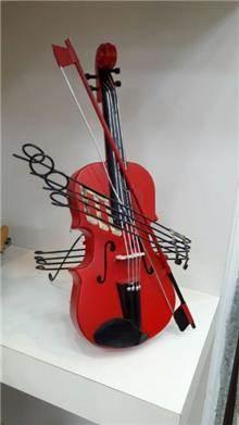כינור רטרו אדום