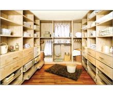 חדר ארונות מעוצב - רהיטי המושבה