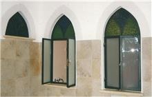 חלונות בלגיים לאמבטיה