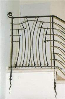 מעקה מדרגות מיוחד