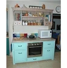 ארון מטבח בתכלת