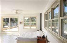חלון הרמה גוון לבן